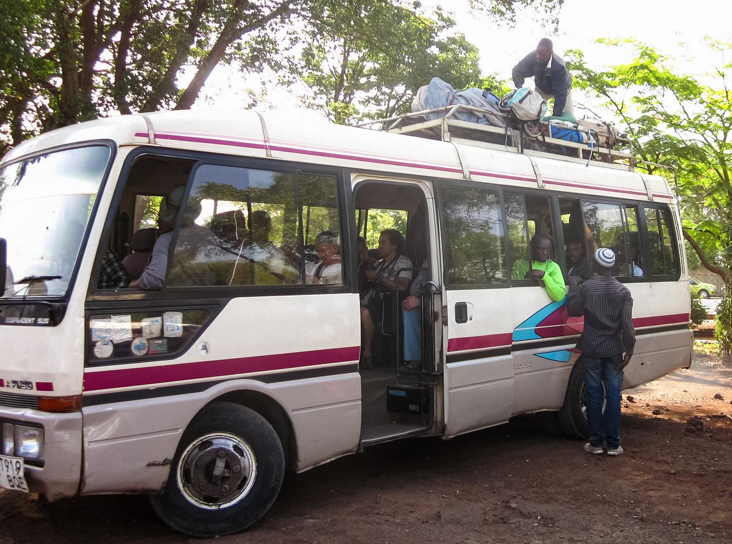 Автобус до Килиманджаро