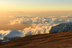 снег на вершине Kibo, Килиманджаро