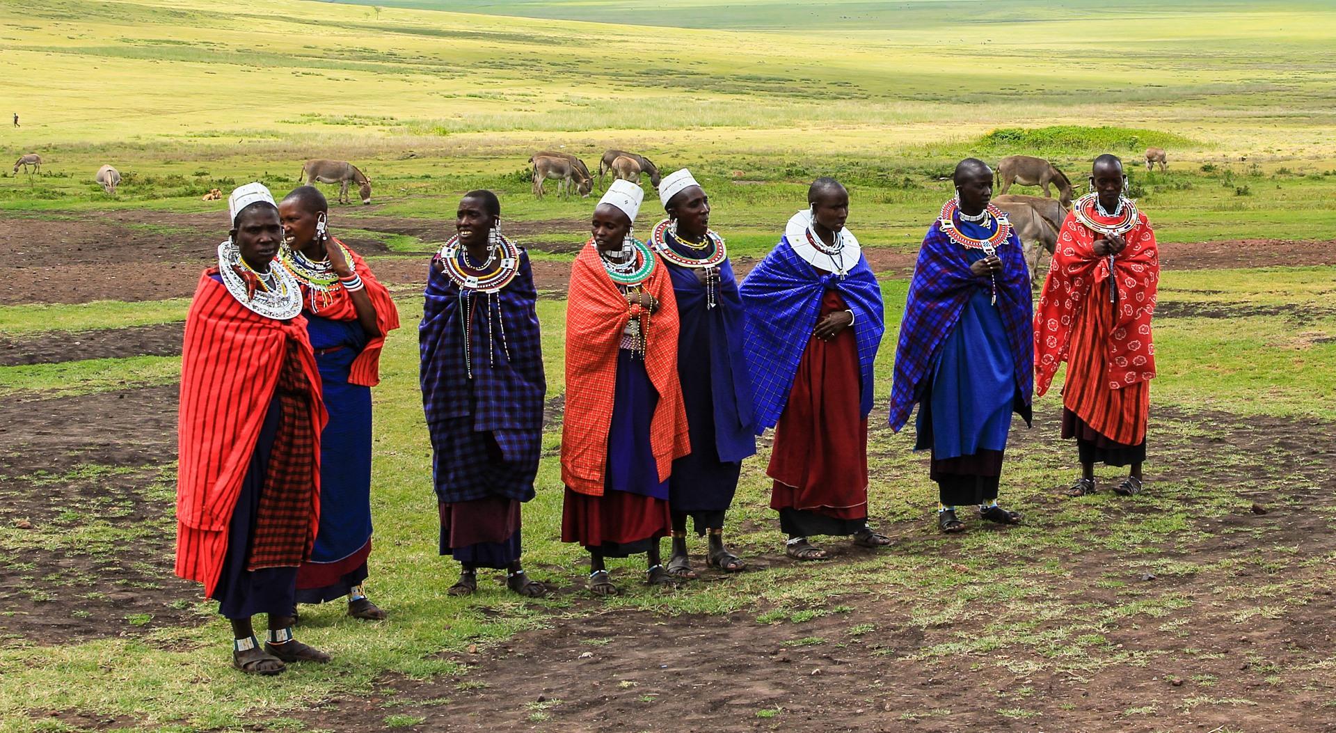 Масайские женщины поют, Нгоронгоро