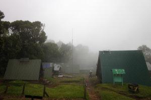 Дождь на Мандара хатс, Килиманжаро