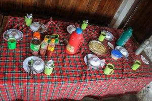 Обед в Кибо хат, Танзания