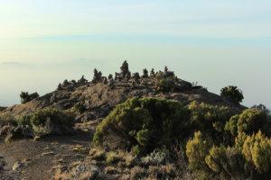 Камушки недалеко от Хоромбо хатс, Килиманжаро