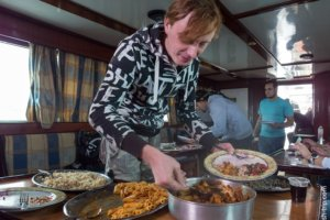 Vasya have a lunch after diving, Red Sea