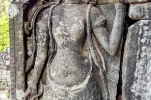 Барельефы танцовщиц, Байон, Ангкор