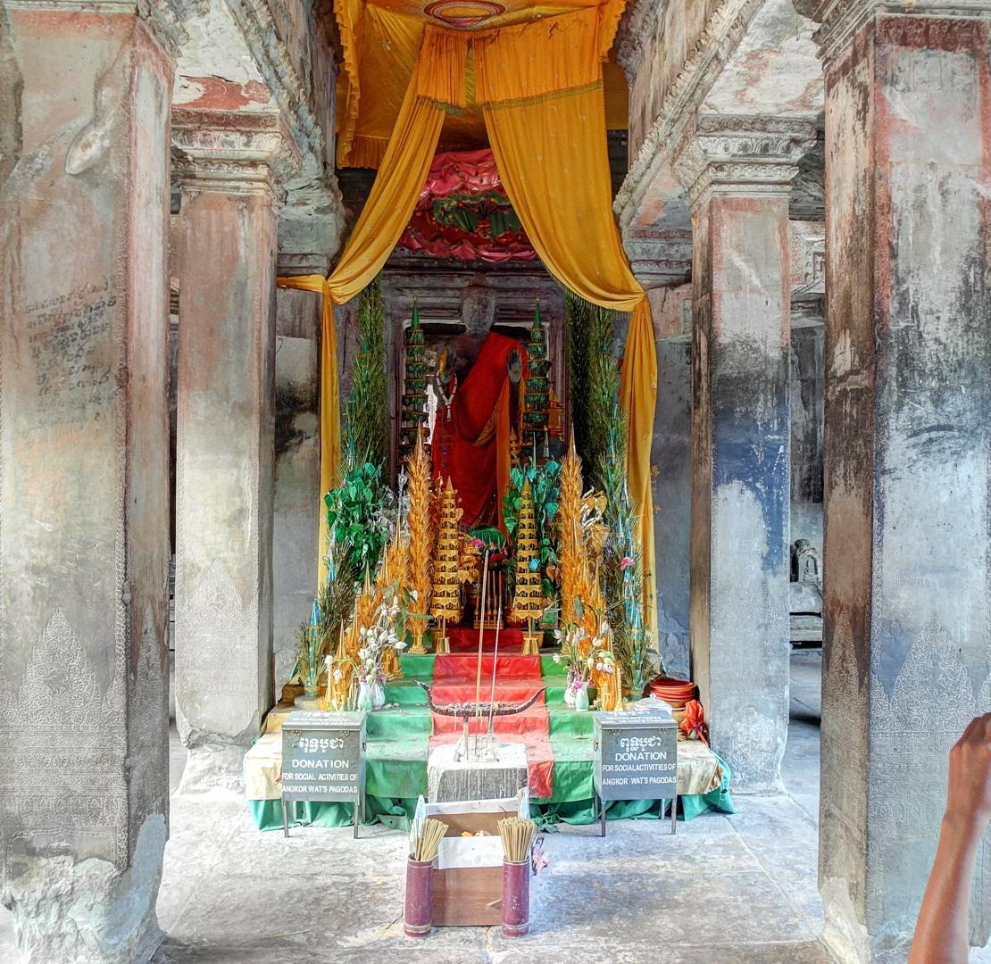 Будда, Ангкор Ват