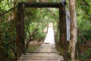Подвесной мост через реку Da Ban