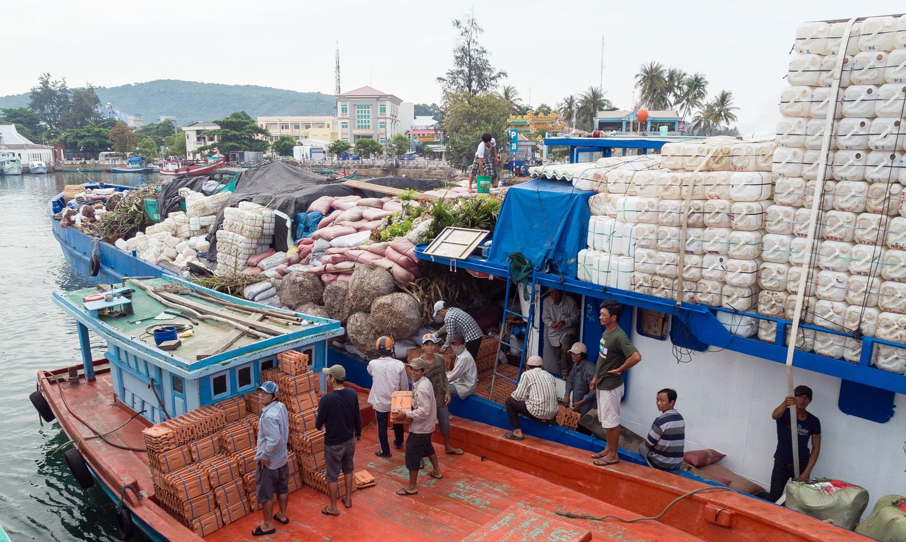 Порт Зыондыонг