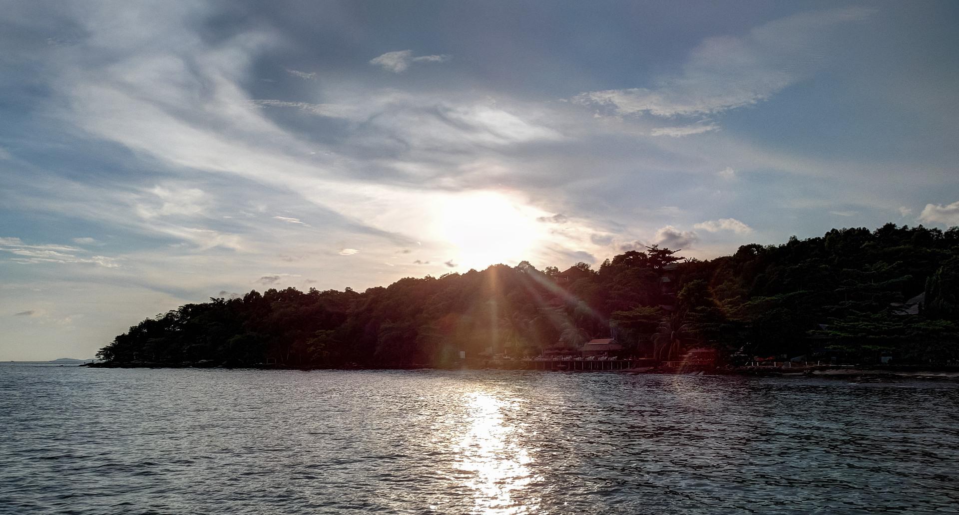 Закат, Сиануквилль