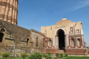 Кутуб Минар (Qutub Minar)
